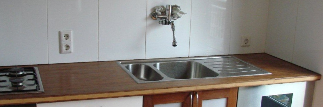 Meubilair huisartsenpraktijk kleurenplan restyling recreatie zaal visionfurniture de - Center meubilair keuken ...
